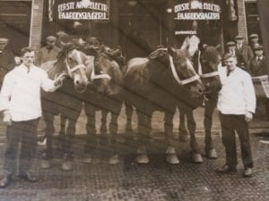 Red de paardenslager - oude foto 850x638