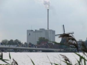 Daar kunnen we geen chocola van maken - Zaanstad - fabriek ADM